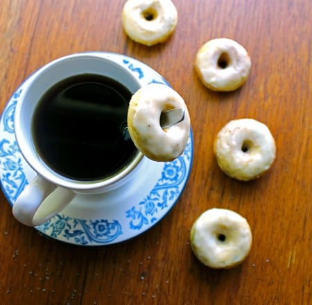 Skinny Lemon Poppy Seed Mini Donuts