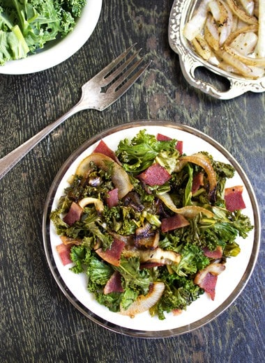 Turkey Bacon and Onion Kale Salad {GF and Low Carb} - FoodFaithFitness