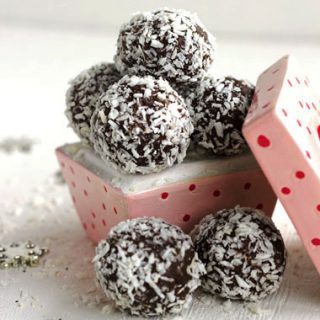 Healthy Chocolate Truffle Recipe With Coconut and Almond {Gluten Free, No Sugar Added, High Protein & Low Fat}