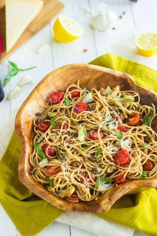 Artichoke Pasta Salad with Lemon Vinaigrette {Whole Wheat + Super Simple} - Food Faith Fitness #PompeianVarietals