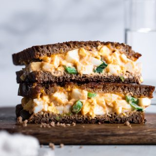 Healthy Egg Salad Grilled Cheese Sandwich - A fun twist on a classic that is quick, easy and great for kids and adults! High protein and Gluten Free option! | #Foodfaithfitness | #Healthy #Glutenfree #Sandwich #lunch