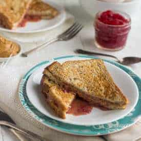 Skinny PB & J French Toast
