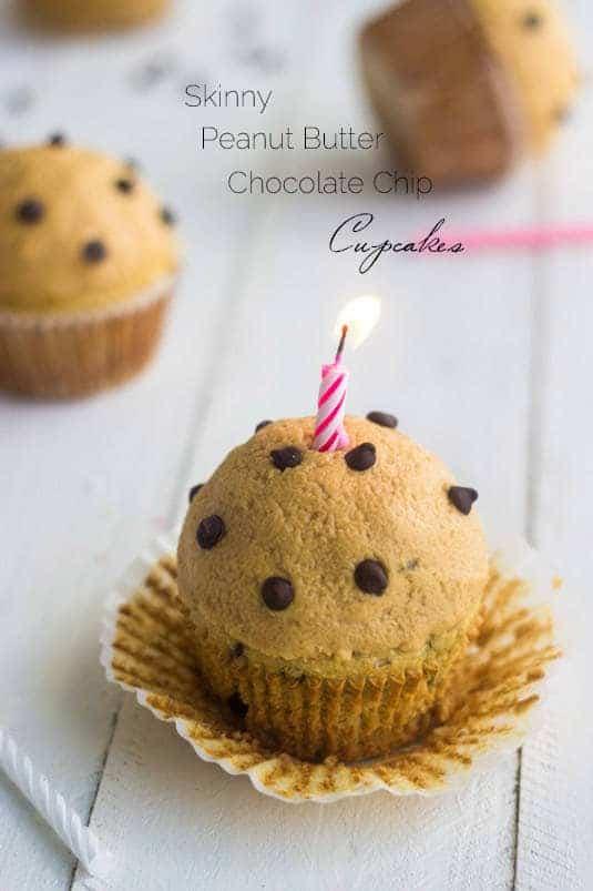 Single Serving Skinny Chocolate Peanut Butter Cupcakes - Food Faith Fitness   #glutenfree #healthy #cupcake #recipe