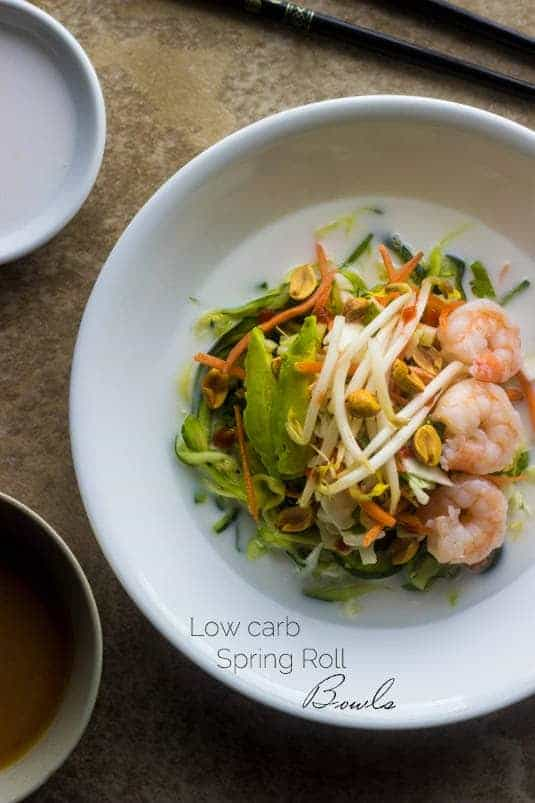 Spring Roll Zucchini Noodle Bowls - All the taste of a spring roll without the messy rolling! - Food Faith Fitness   #glutenfree #easy #healthy #shrimp #recipe