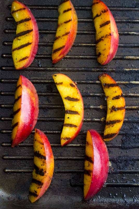Chicken with Grilled Nectarine Salsa - Perfect for a weeknight or for Summer entertaining!   Food Faith Fitness  #chicken #recipe #glutenfree
