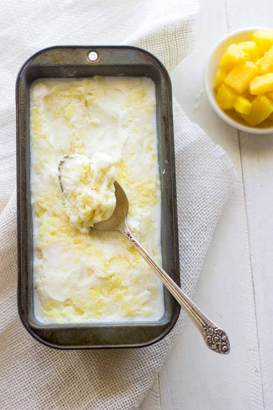 Pineapple Coconut Frozen Yogurt - A super easy, healthy dessert for Summer! | Food Faith Fitness| #frozenyogurt #recipe #healthy