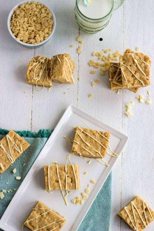Rice Krispie Treat Bars with Cookie Crust - Food Faith Fitness