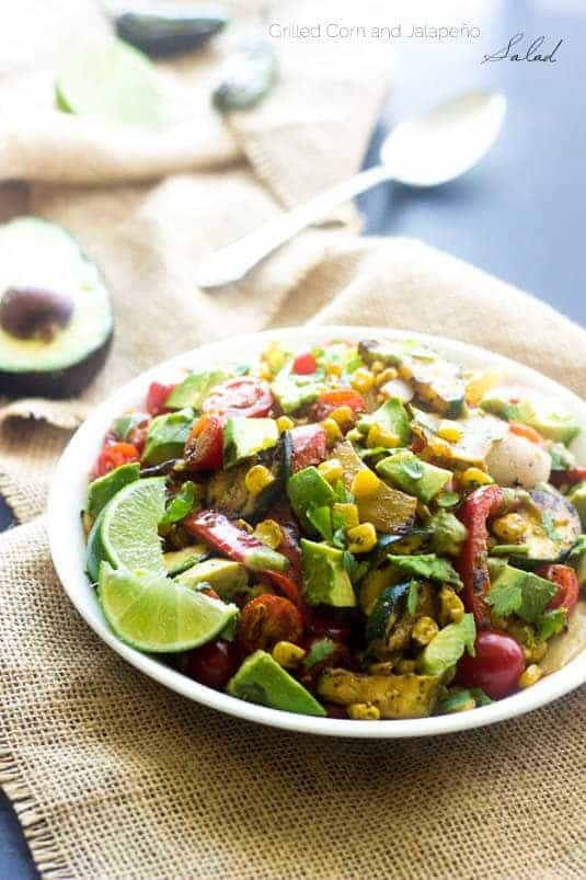 Grilled Corn Salad with Jalapeno Lime Vinaigrette - A quick, easy and SO yummy side dish!   Foodfaithfitness.com   #salad #recipe #Mexican
