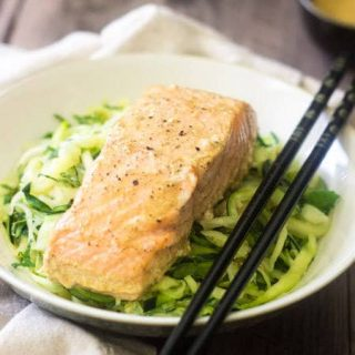 Coconut Curry Salmon with Zucchini Noodles - Only 3 ingredients to a light and healthy meal that is SO easy, but feels SO fancy! | Foodfaithfitness.com | #Recipe