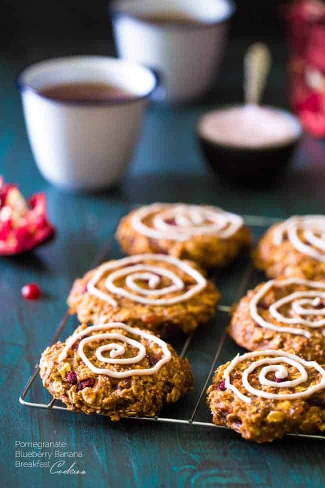 Pomegranate Banana Breakfast Cookies - Insanely easy cookies that are gluten free and made with yogurt and pomegranates for a healthy, superfood protein boost! | Foodfaithfitness.com | #recipe