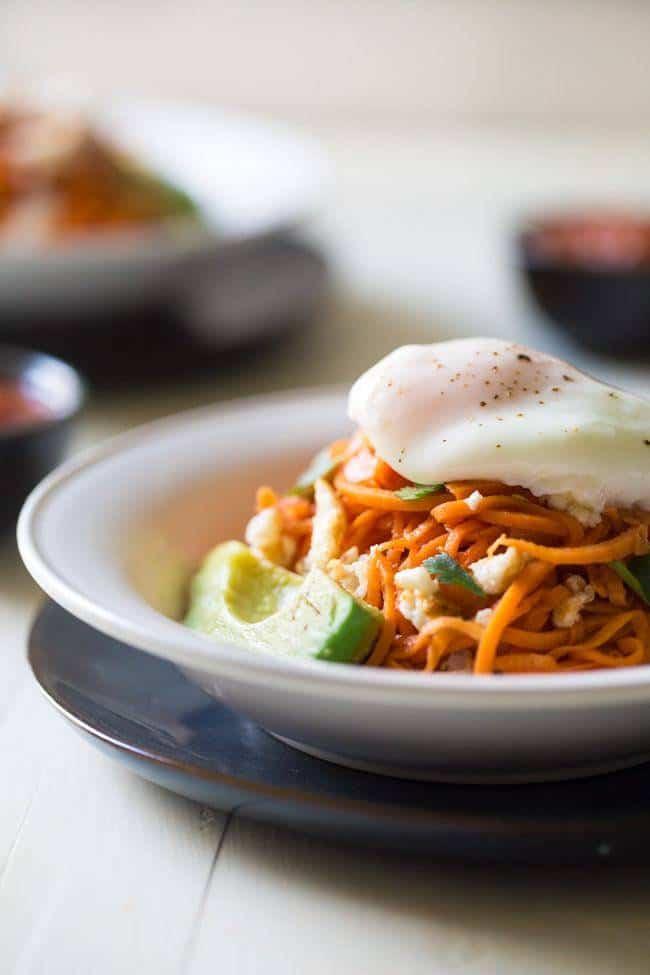 Spiralized Sweet Potato Breakfast Burrito Bowl - 7 Ingredients, gluten free, Paleo and ready in 20 minutes! Your new favorite breakfast OR dinner! | Foodfaithfitness.com | @FoodFaithFit