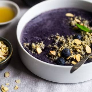 Blueberry Almond Breakfast Quinoa Smoothie Bowl {Super Simple + Dairy Free}