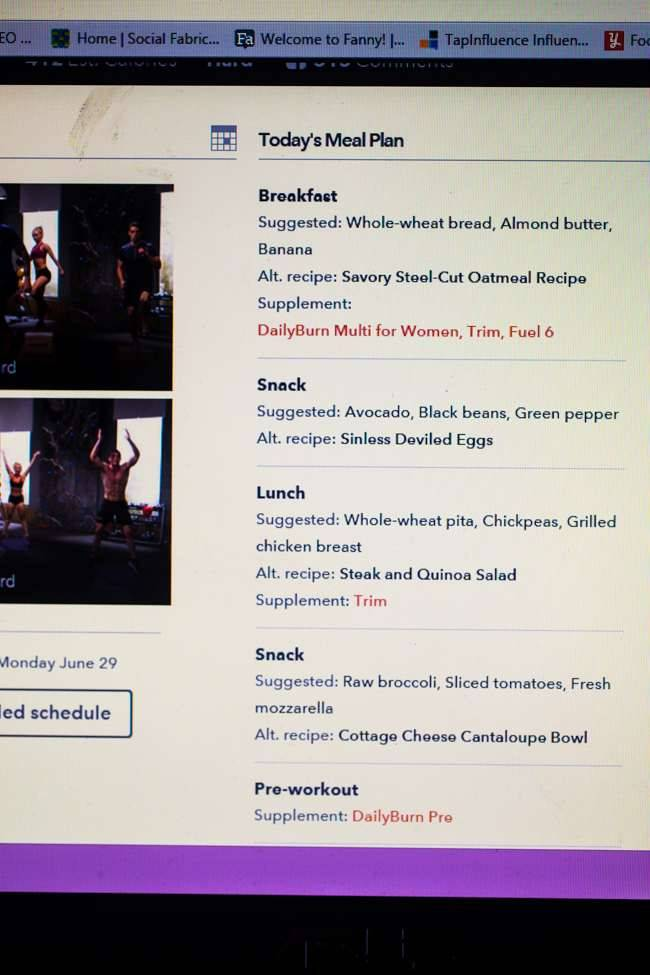 DailyBurn's Black Fire Fitness Program Review | Foodfaithfitness.com | @FoodFaithFit