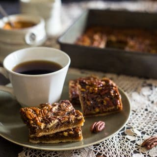 Paleo Pecan Pie Bars {Vegan + 6 Ingredients}