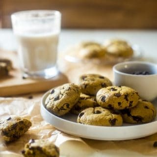 Healthy Gluten Free Chocolate Chip Cookies {With NO Butter or oil}