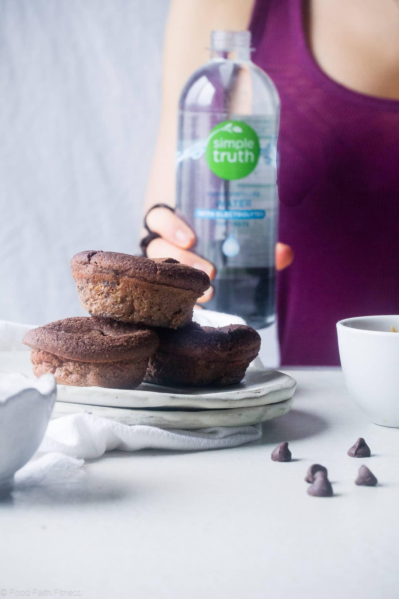 Cookie Dough Chocolate Egg Muffins - These 150 calorie, cookie dough stuffed muffins use a secret ingredient to makes them gluten free and protein packed! An easy, healthy snack or portable breakfast for busy mornings! | Foodfaithfitness.com | @FoodFaithFit