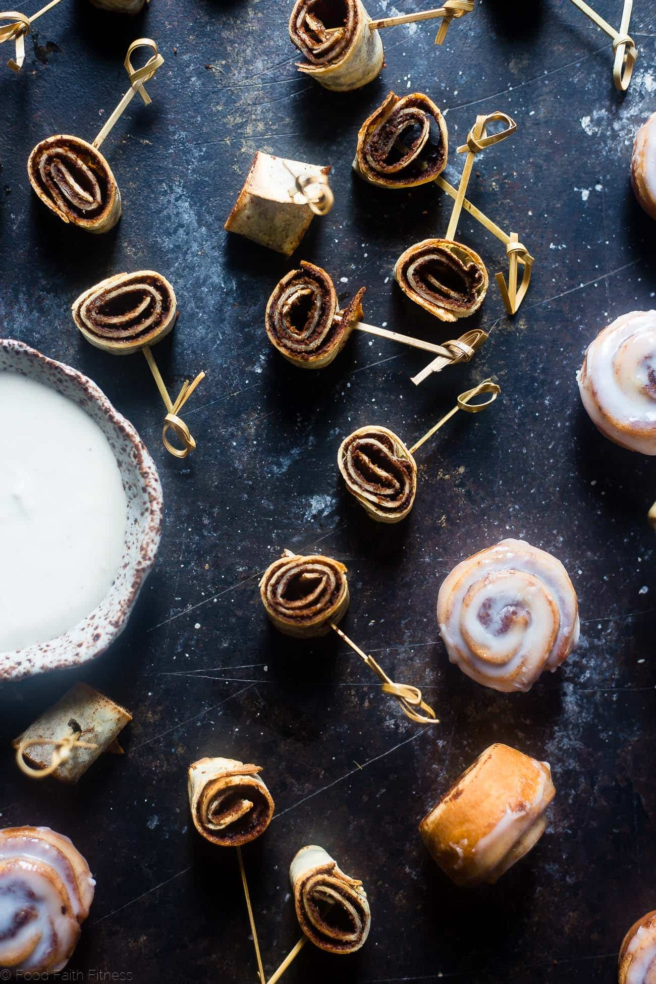 Vegan Cinnamon Roll Pinwheel Bites - This quick and easy bites tastes like a warm, ooey-gooey cinnamon roll, but without all the work! They're dairy and gluten free and ready in under 30 mins! | Foodfaithfitness.com | @FoodFaithFit