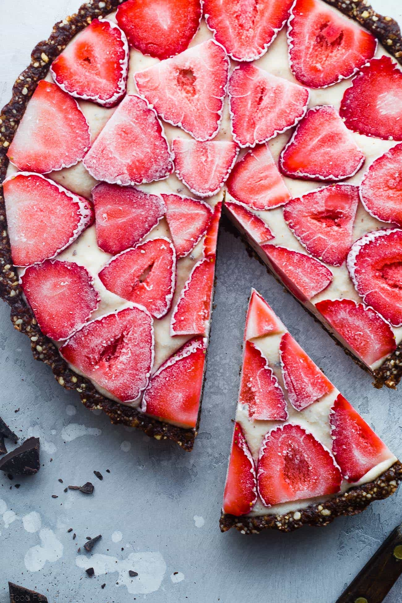No-Bake Neapolitan Tart - This paleo friendly, no bake tart is an easy summer dessert that tastes like healthy ice cream! Gluten, grain, dairy free and vegan friendly! | Foodfaithfitness.com | @FoodFaithFit