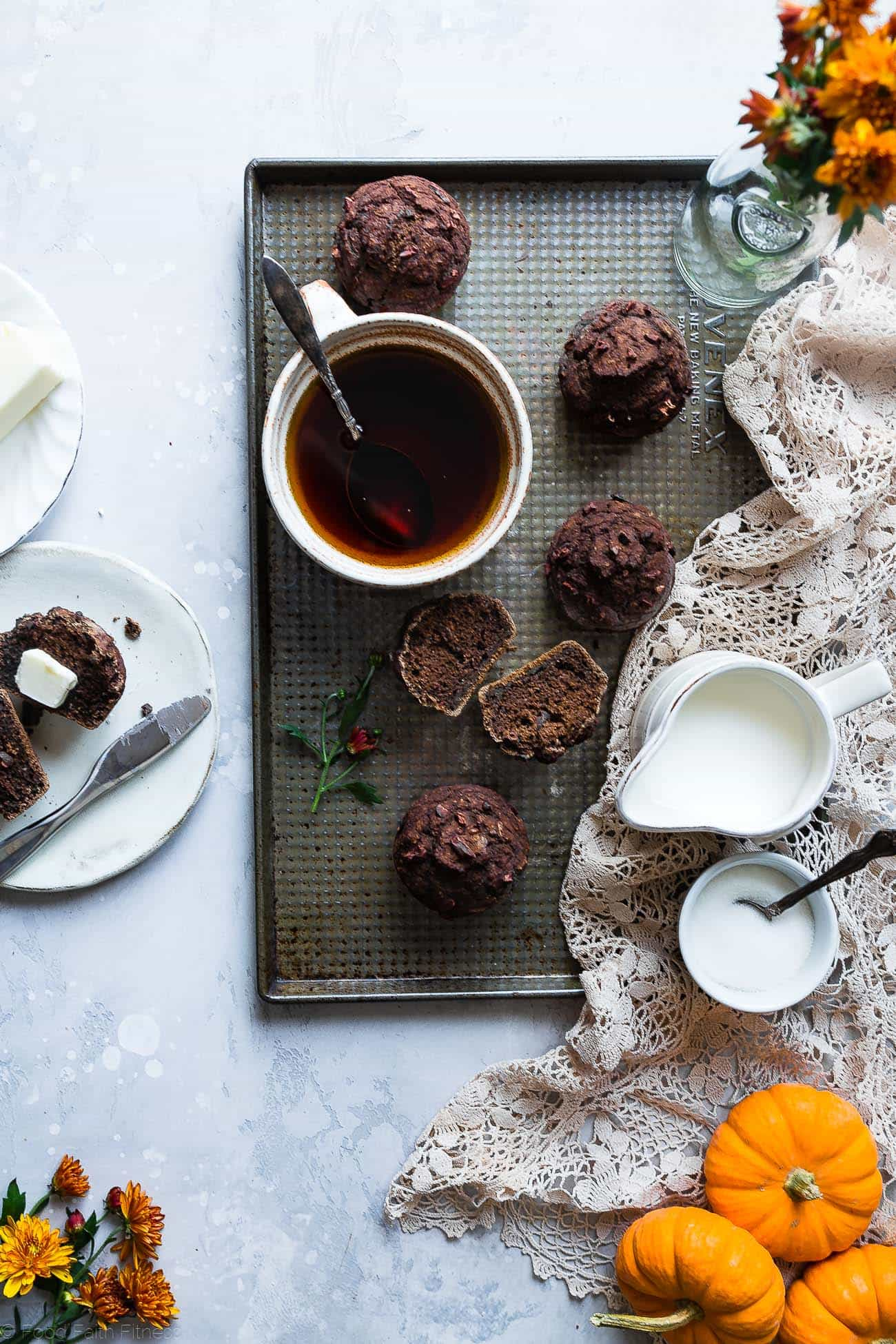 Healthy Gluten Free Chocolate Pumpkin Muffins - This Gluten free pumpkin muffin recipe is somoist and chewy! Made with whole grains, dairy free, low fat, only 140 calories! Perfect for breakfast or snack and kid friendly too! | Foodfaithfitness.com | @FoodFaitFit