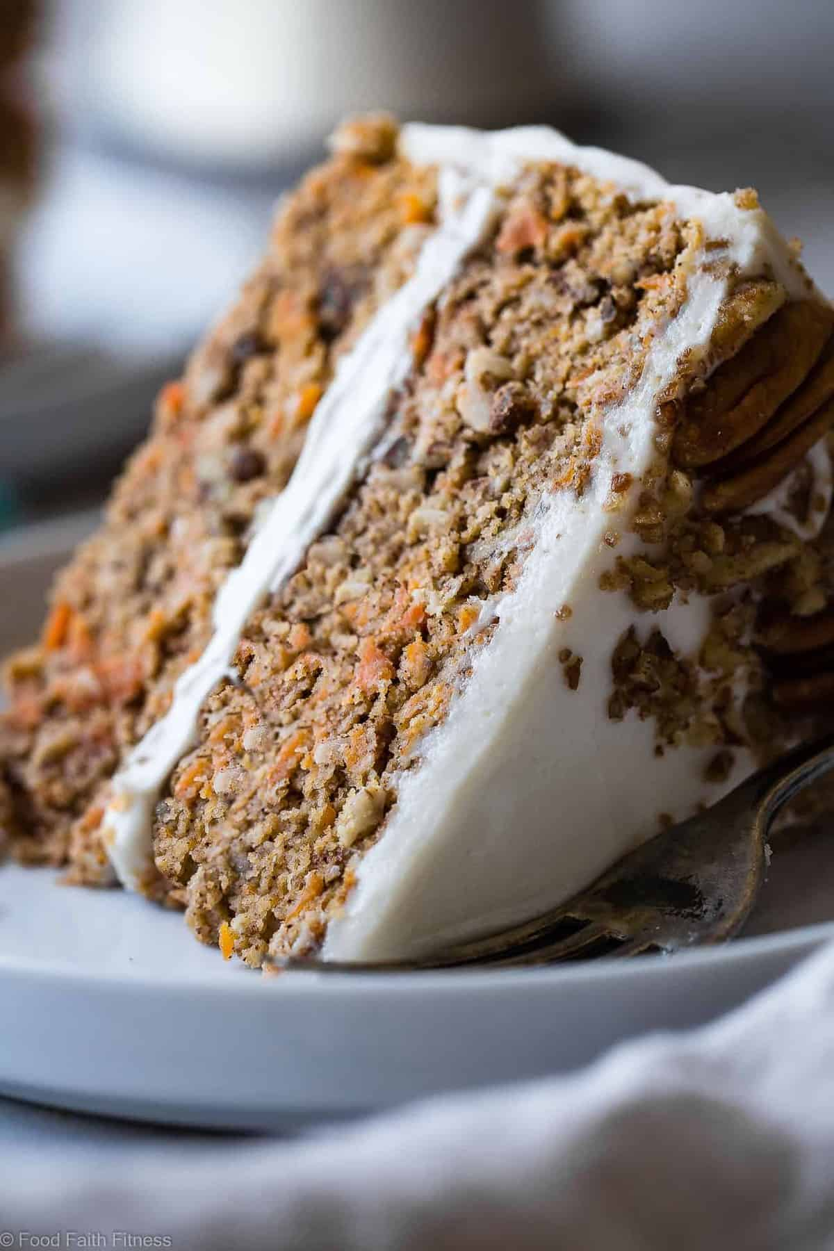 Low Carb Sugar Free Carrot Cake - this healthy, sugar free carrot cake is SO moist and tender, you'll never know it's gluten, oil and butter free, made with Greek yogurt, only 170 calories and 5 WW Freestyle points! Perfect for Easter! | #Foodfaithfitness | #Lowcarb #sugarfree #glutenfree #carrotcake #easter