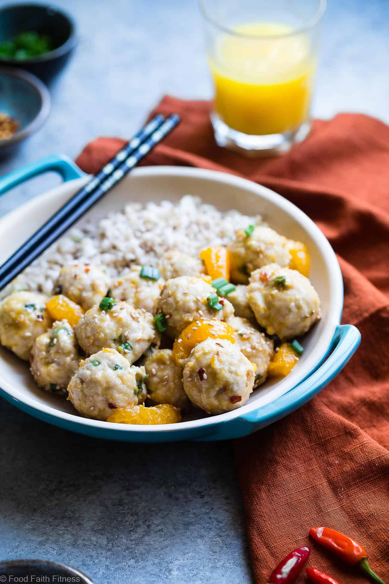Orange Whole30 Turkey Paleo Meatballs - These easy, paleo friendly meatballs taste like Asian orange chicken in meatball form! They're a family friendly gluten/grain/dairy/sugar free weeknight meal, that's under 300 calories! You won't miss the deep frying! | #Foodfaithfitness | #paleo #whole30 #glutenfree #meatballs #healthy