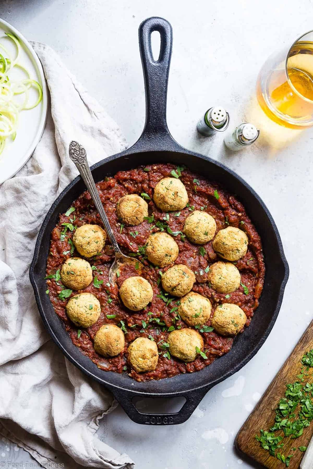Gluten Free Vegan Chickpea Meatballs with Tomato Sauce -These meatless, gluten free meatballs are SO crispy, they will blow your mind! Serve them with an easy tomato sauce for a tasty, healthy dinner that's packed with plant protein and fiber! | #Foodfaithfitness | #Vegan #Glutenfree #Healthy #Vegetarian #Dairyfree
