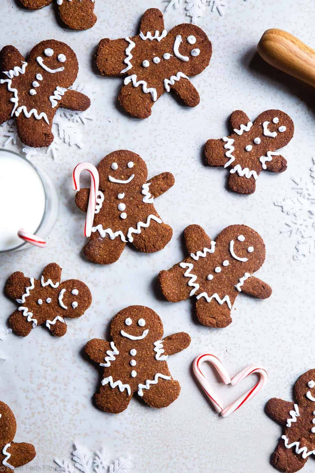 Gluten Free Paleo Healthy Gingerbread Cookies - These gingerbread cookies are perfectly spicy, sweet and crispy! An easy, delicious holiday cookie that no one will know are healthy and gluten/grain/dairy/refined sugar free! | #Foodfaithfitness |