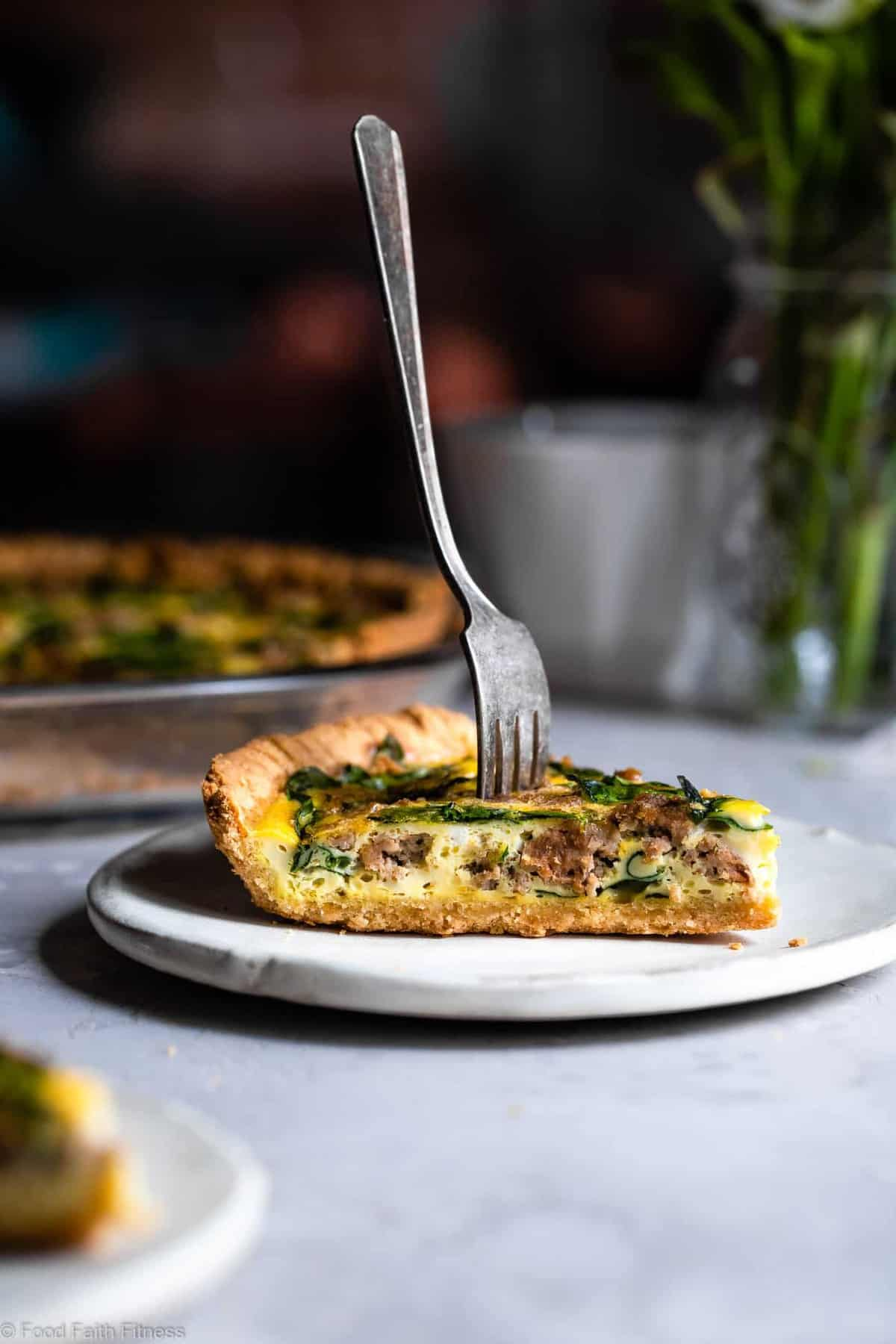 Gluten Free Low Carb Quiche - This EASY low carb, dairy free and paleo Quiche has a homemade, buttery, flaky Almond Flour Crust! Sausage, spinach and eggs make a high protein, filling breakfast!  Great for meal prep! | #Foodfaithfitness | #Glutenfree #Lowcarb #Keto #paleo #dairyfree