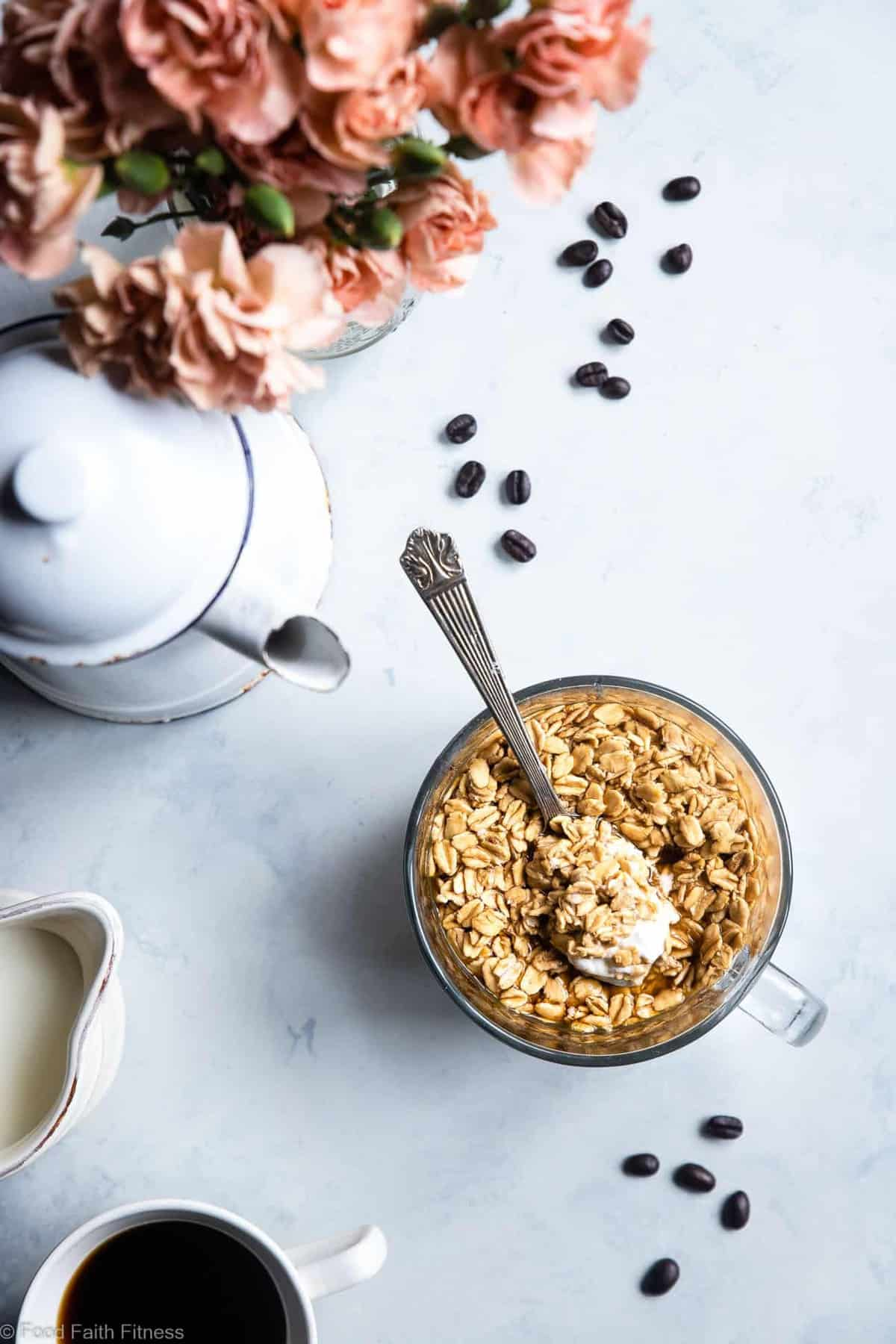 Vanilla Latte Overnight Oats - These gluten free overnight oats with Greek yogurt are a simple, 5 ingredient and protein packed way to start your day! Make them ahead for easy mornings! | #Foodfaithfitness |