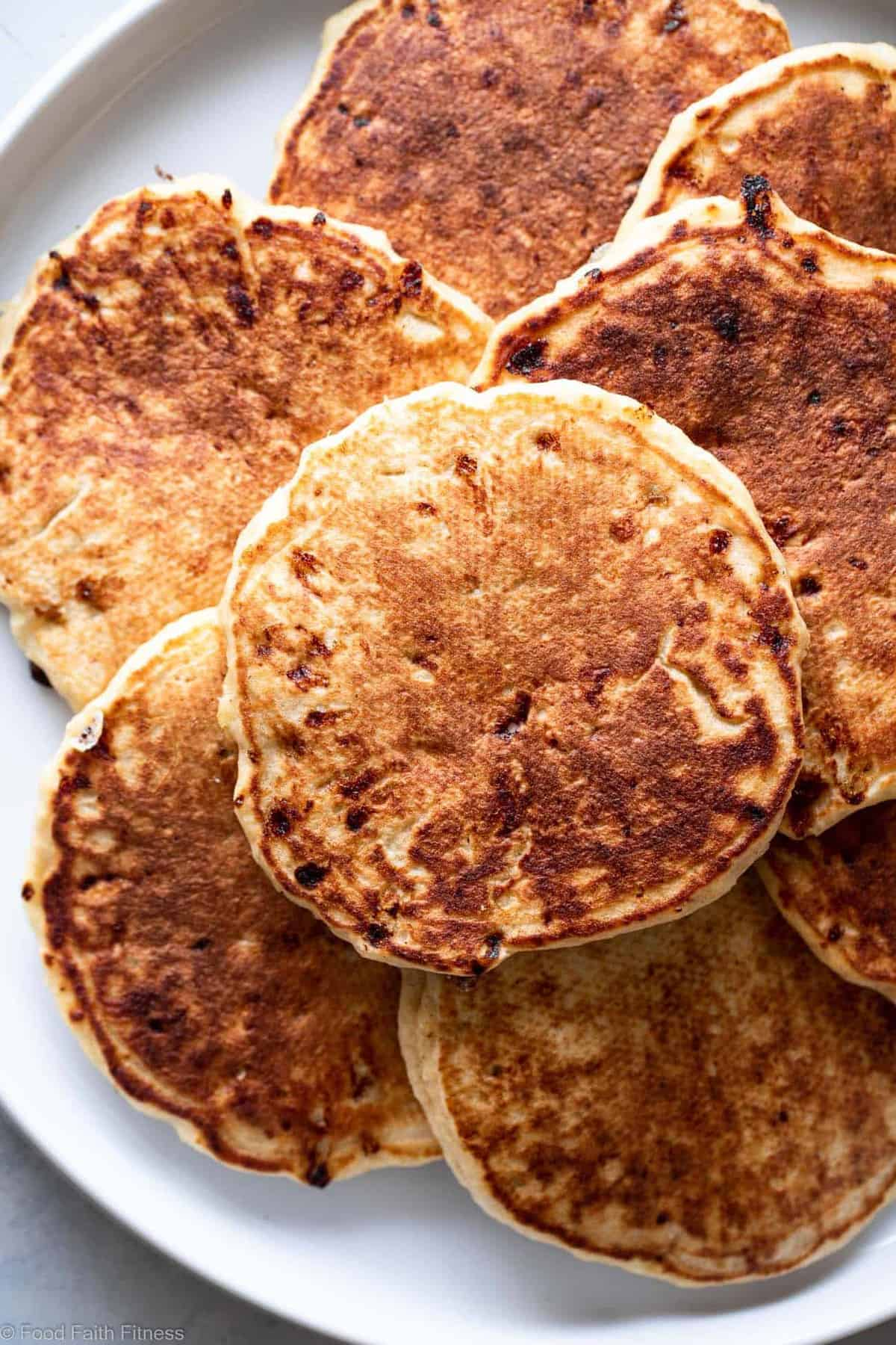 Cottage Cheese Pancakes Recipe - These easy pancakes naturally gluten free and protein packed! Make them ahead for healthy breakfasts or make them on weekends! Great for kids and adults. | #Foodfaithfitness |