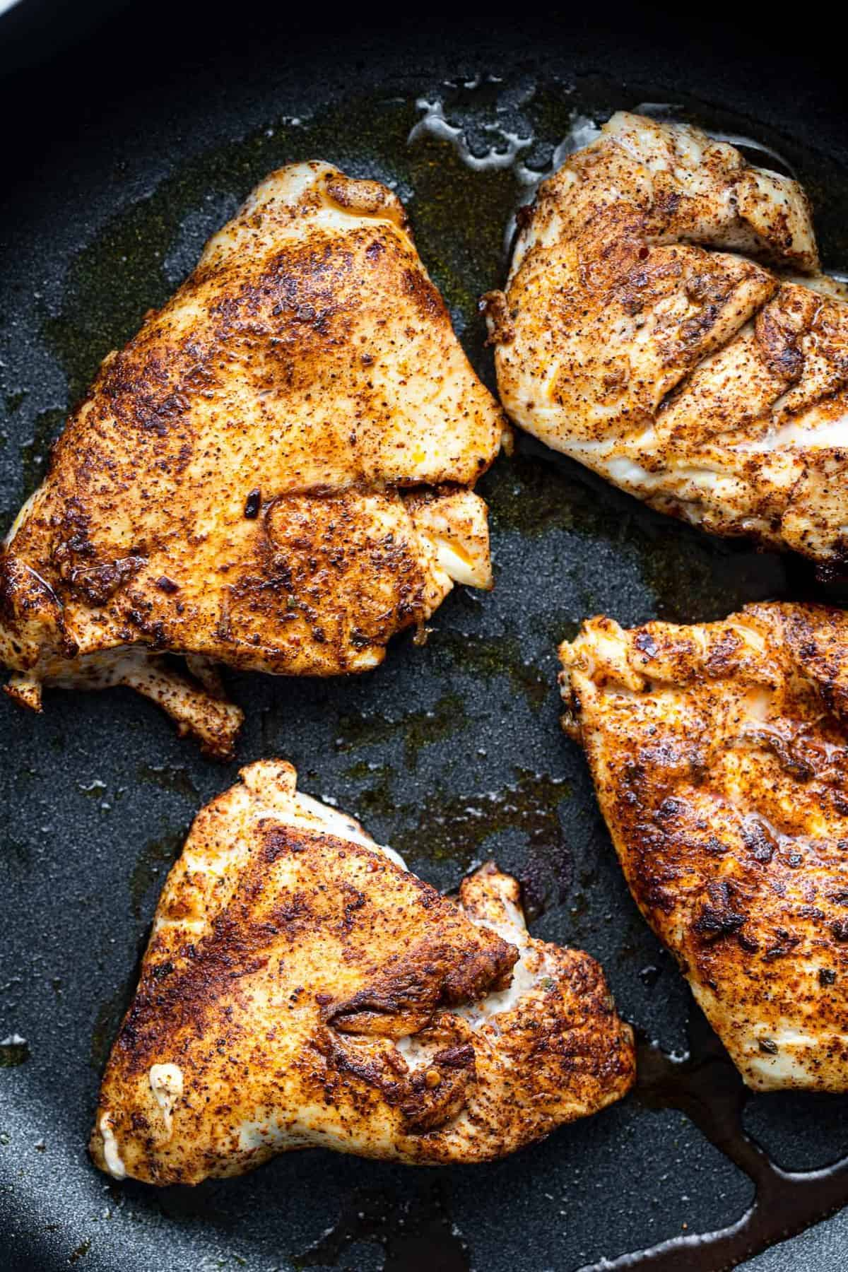 santa fe chicken being sauteed in a skillet