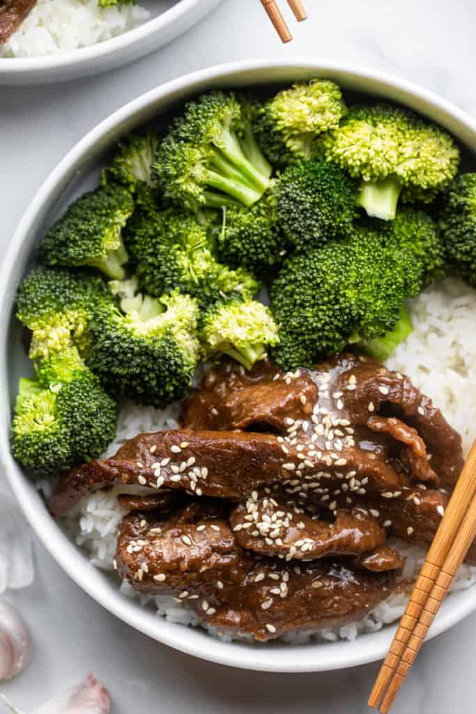 Beef with Garlic Sauce in a bowl with rice and broccoli