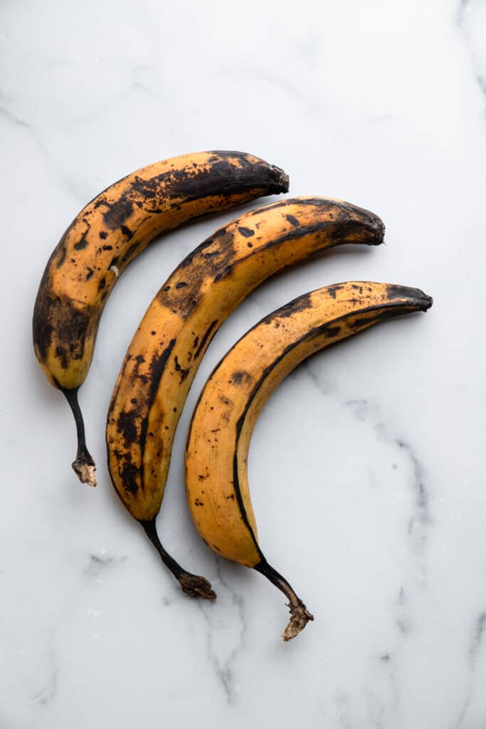 3 ripe plantains for Air Fryer Plantains